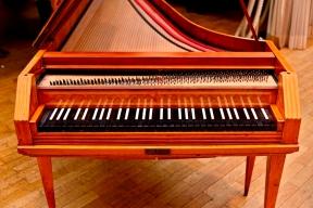 פסנתר פטישים מתקופת מוצרט_יחצ2